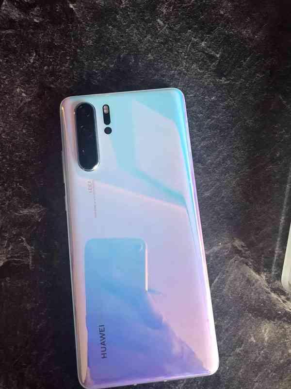 Huawei p30 Crystal  - foto 2