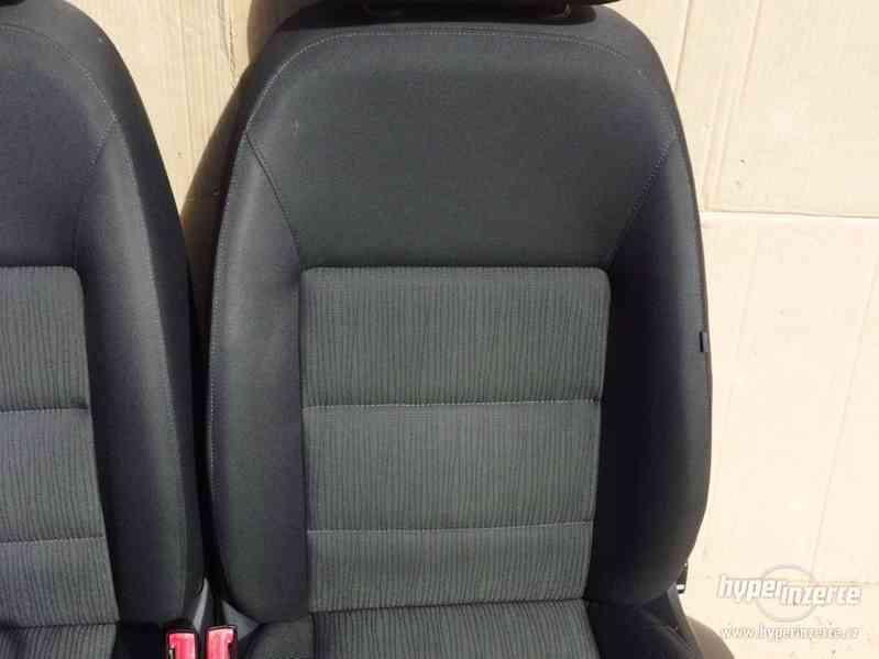 Sada sedaček Škoda Octavia II s airbagy a výhřevem - foto 6