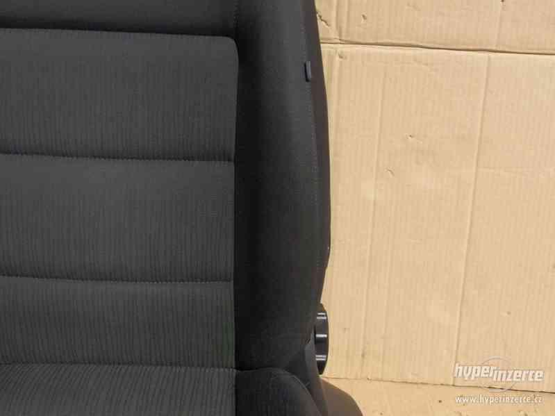 Sada sedaček Škoda Octavia II s airbagy a výhřevem - foto 12