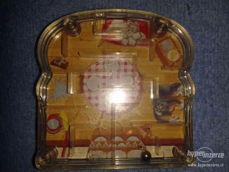 Deskové kuličkové hračky - starých 9 kousků - foto 8