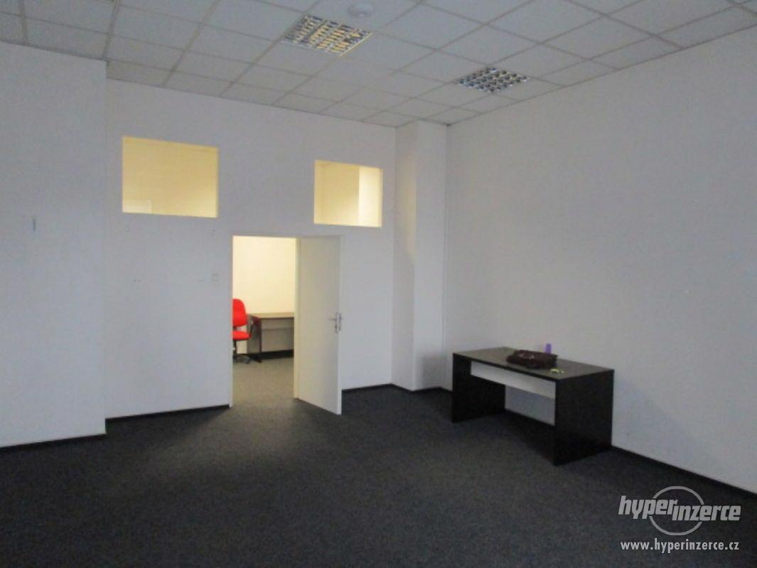 Pronájem bytu - kanceláří, Brno-město, Bašty - foto 1