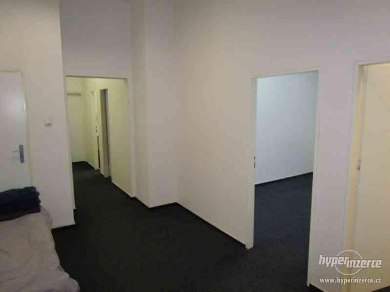 Pronájem bytu - kanceláří, Brno-město, Bašty - foto 2