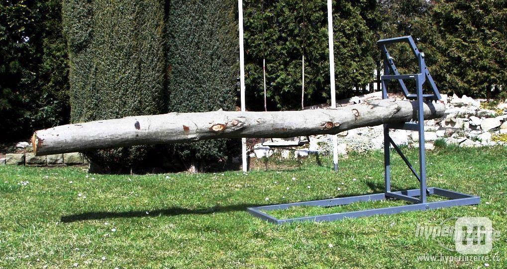 Samosvorná koza na řezání dřeva