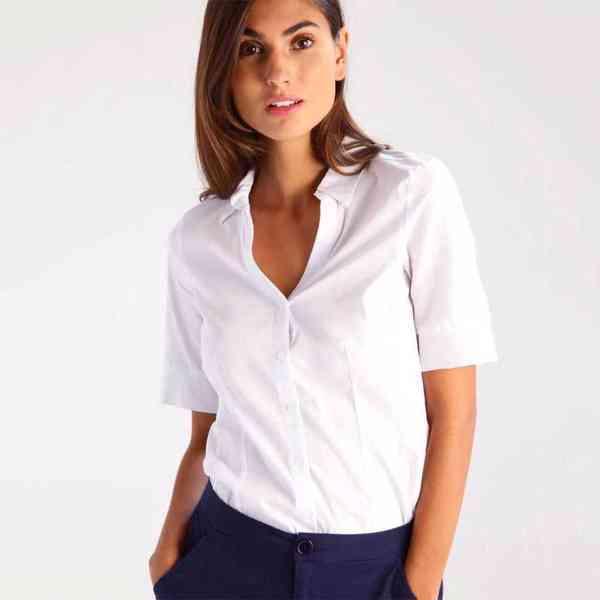 More&More - Dámská košile s krátkým rukávem  Velikost: 38