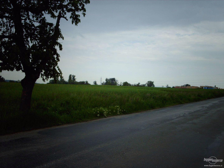 Prodej stavebních pozemků 15 000 m2, Brno, Přízřenice - foto 1