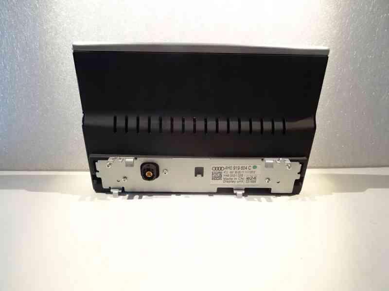 LCD displej Audi A8 d4 od 2010 do 2014