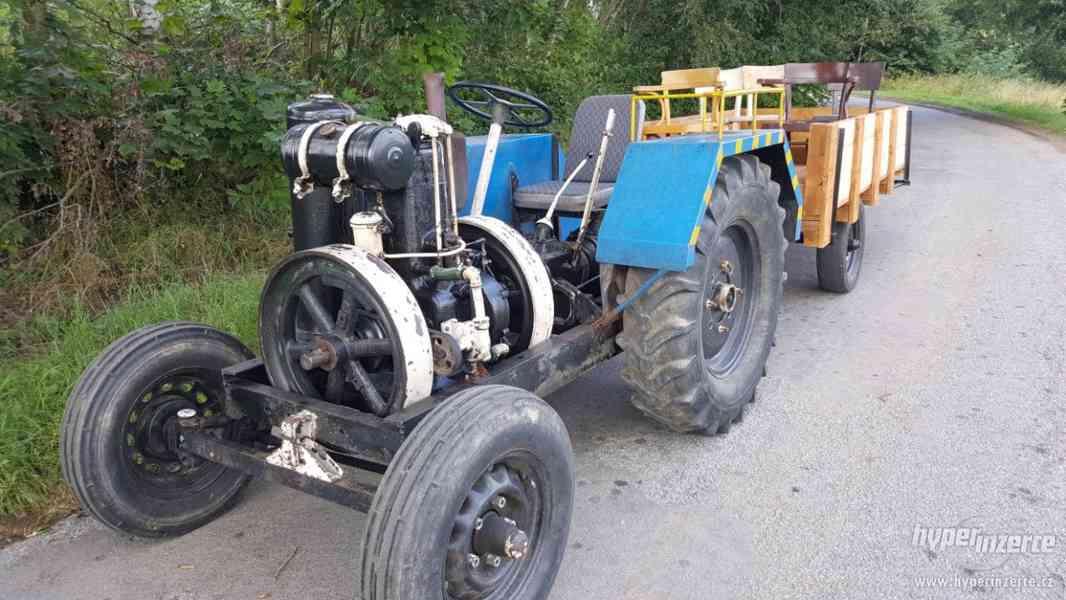 Traktor s mororem SLAVIA - foto 1