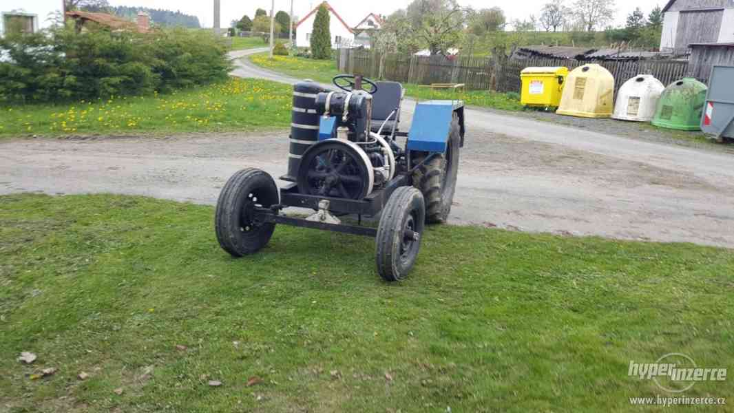 Traktor s mororem SLAVIA - foto 2