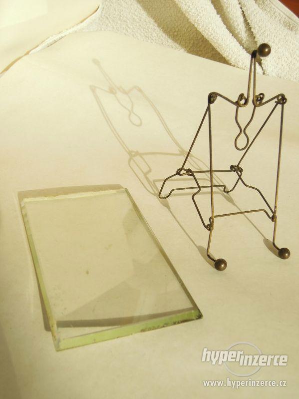 Staré fotorámečky , s broušenými skly . - foto 3