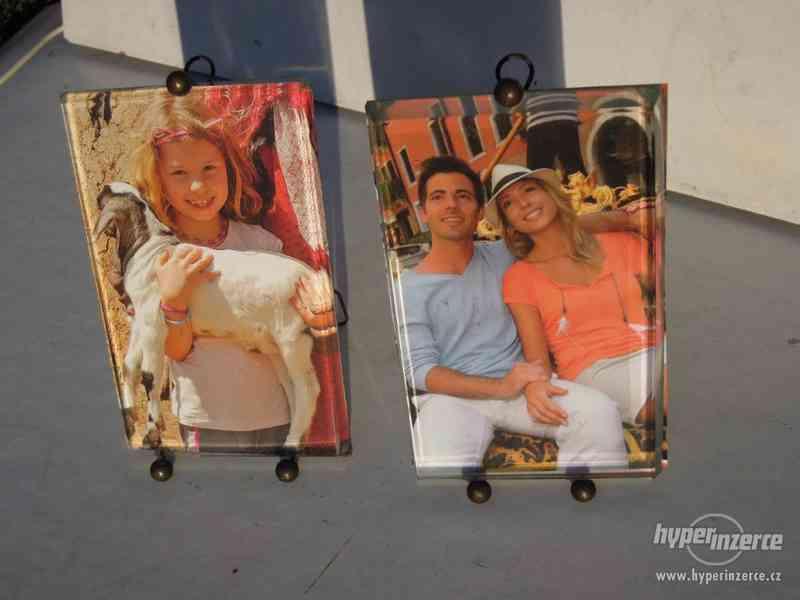 Staré fotorámečky , s broušenými skly . - foto 2