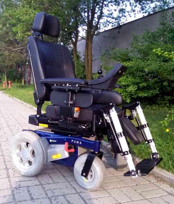 Invalidní elektrický vozík Puma Yes - Téměř nový