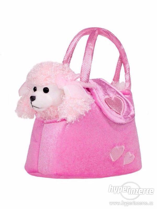 Plyšový psík v kabelce