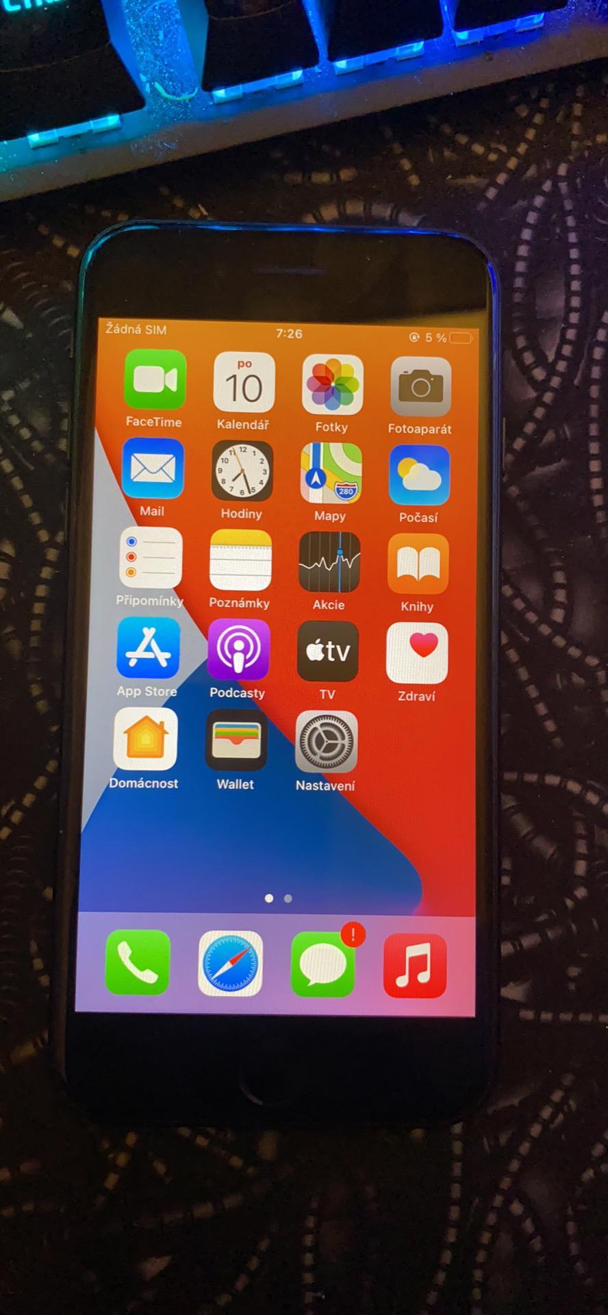 iPhone SE 2020 - foto 1