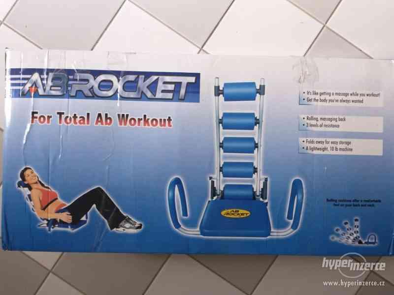 Posilovač břišních svalů AB ROCKET