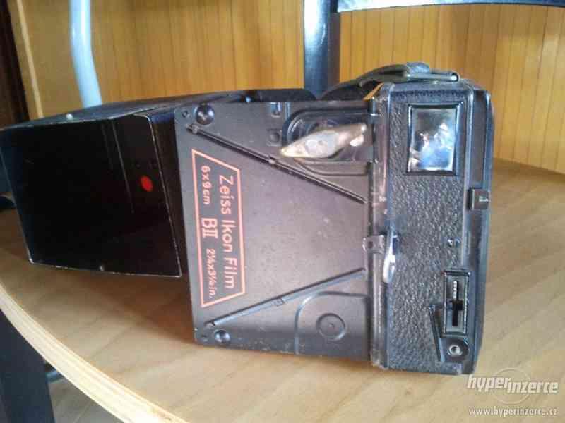 Starý fotoaparát Zeiss Ikon Film - foto 1