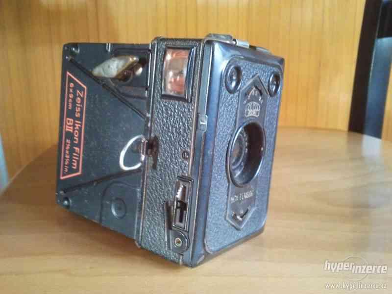 Starý fotoaparát Zeiss Ikon Film - foto 2