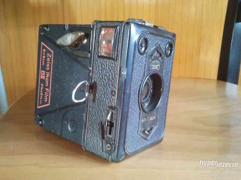 Starý fotoaparát Zeiss Ikon Film - foto 3