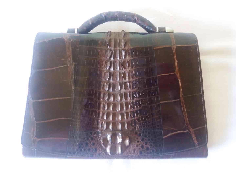 Starožitná kabelka z krokodýlí kůže - foto 1