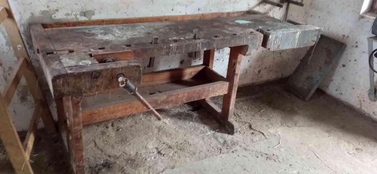 Stará, dřevěná hoblice