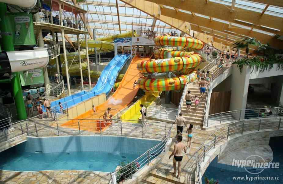 Celodenní rodinná vstupenka do Aquapallace Praha