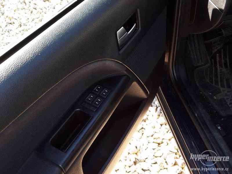 Ford Mondeo 2,0 TDCi (115 k) - foto 8