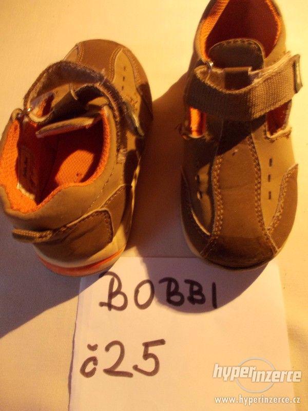 bundy+sáčka+společenské halenky++kož, nazouváky+sport. boty