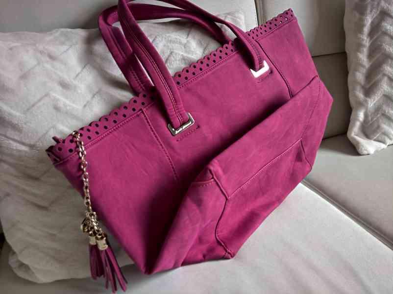 Atraktivní dámská kabelka Bacci Abbracci - foto 2