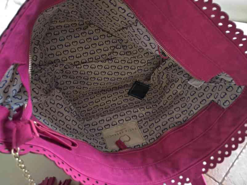 Atraktivní dámská kabelka Bacci Abbracci - foto 3