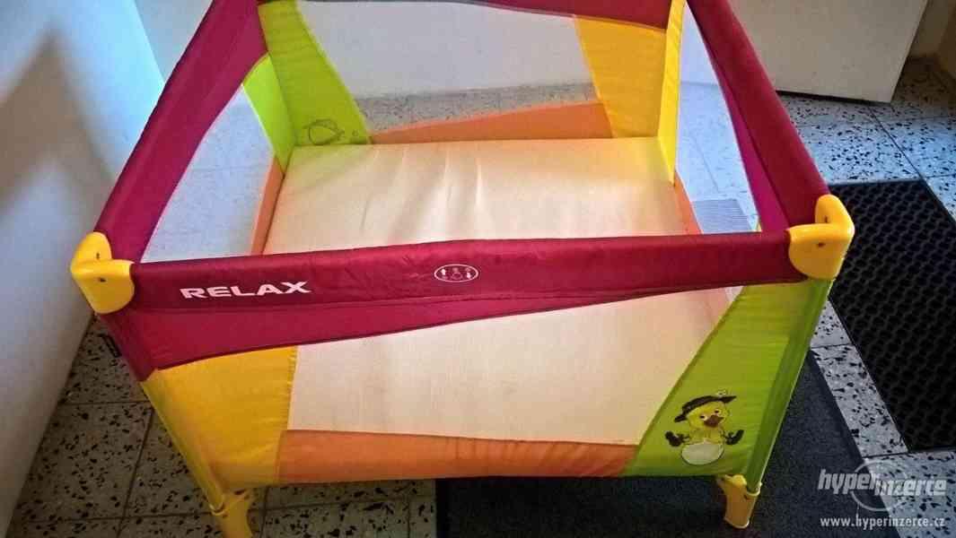 Dětská skládací ohrádka Newbuddy Relax