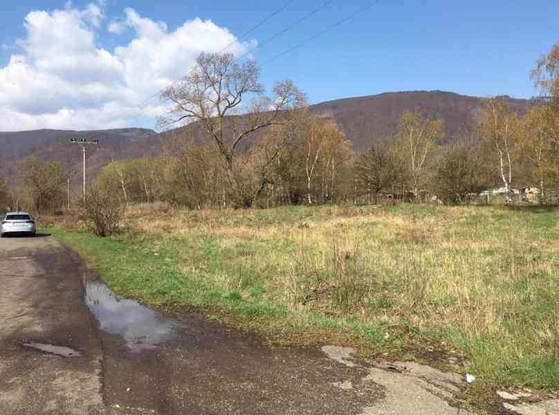 Pronájem pozemků ve vlastnictví spol. ORLEN Unipetrol RPA - foto 1