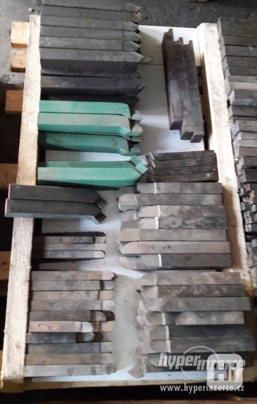 Na prodej soustružnické nože různych typů a velikostí - foto 2