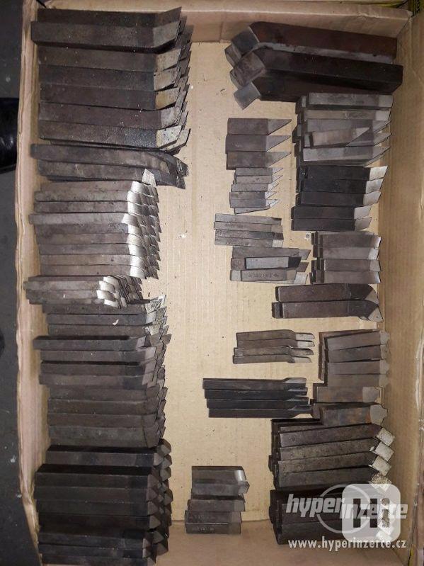 Na prodej soustružnické nože různych typů a velikostí - foto 9