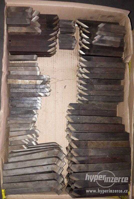 Na prodej soustružnické nože různych typů a velikostí - foto 10