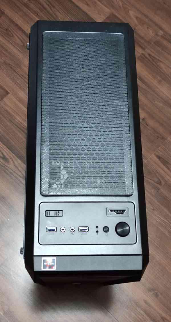 Kompletní herní počítač - foto 2