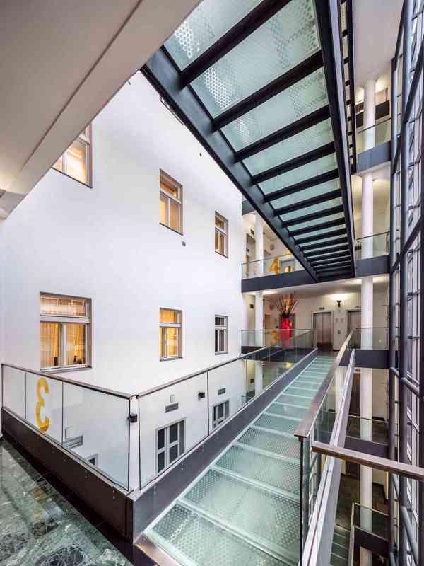 Nájem moderních kanceláří 141 m2, 2. patro, Praha 1 Centrum - foto 3