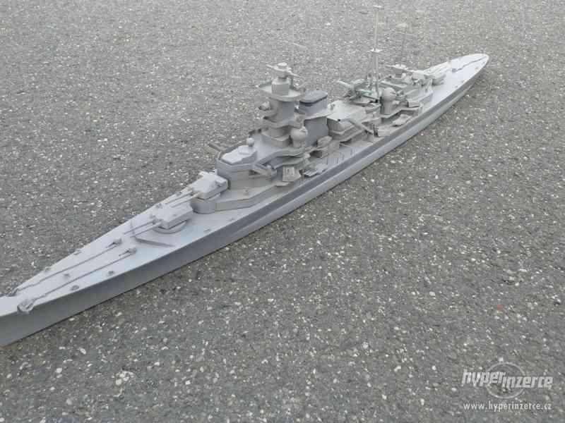 Prodej modelu válečné lodi