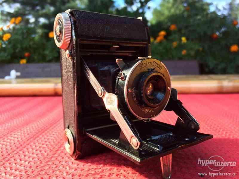 Historický malý fotoaparát Zeiss Ikon Derval, na film - foto 2