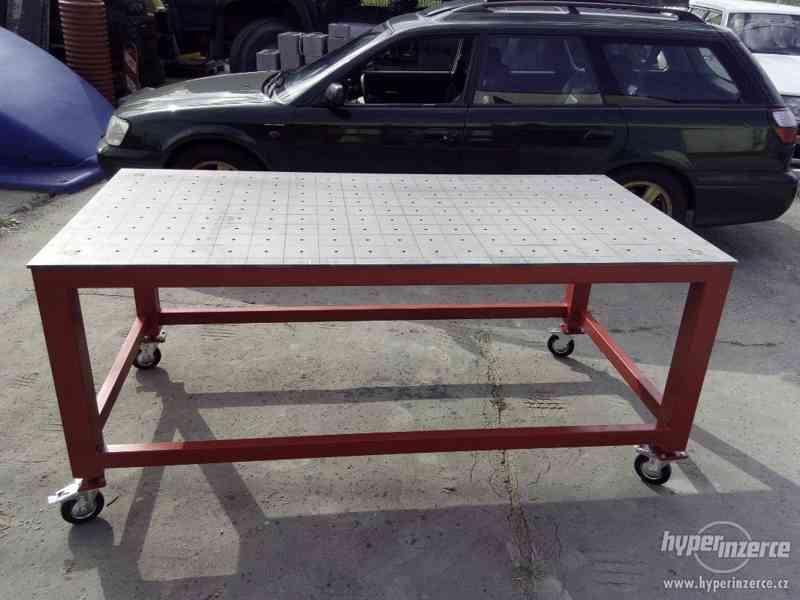 Zámečnický stůl, svařovací stůl