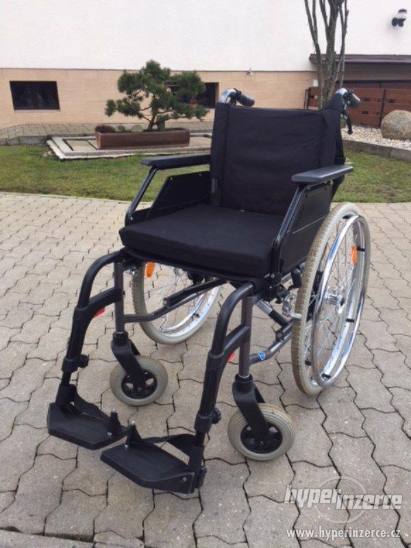 Skládací invalidní vozík Dietz