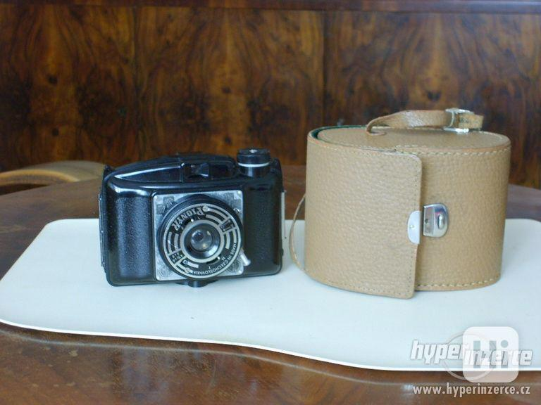 starý fotoaparát PIONÝR