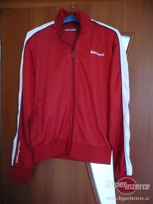 Červená lehčí bunda - mikina EXE - vel. L