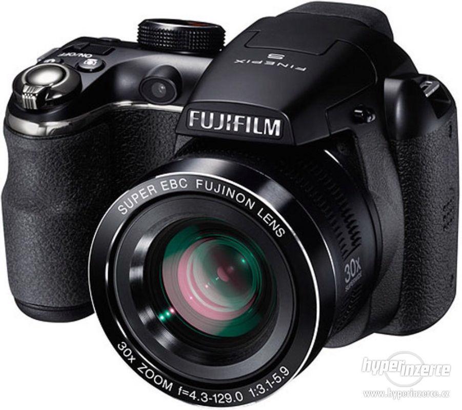 Fujifilm Finepix S4500 - foto 1