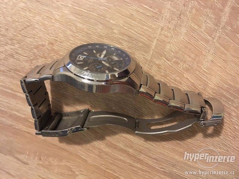 Značkové hodinky Festina