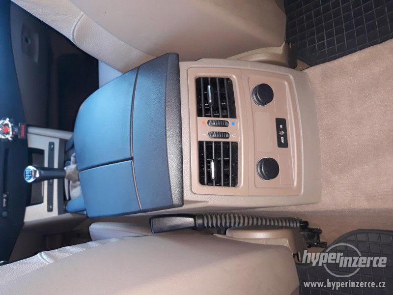 BMW 525D Touring,orig.km,serviska,1.maj,224t km,novéTZ na 2t - foto 18