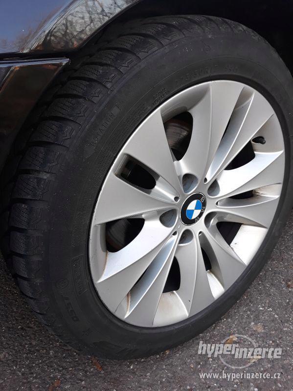 BMW 525D Touring,orig.km,serviska,1.maj,224t km,novéTZ na 2t - foto 26