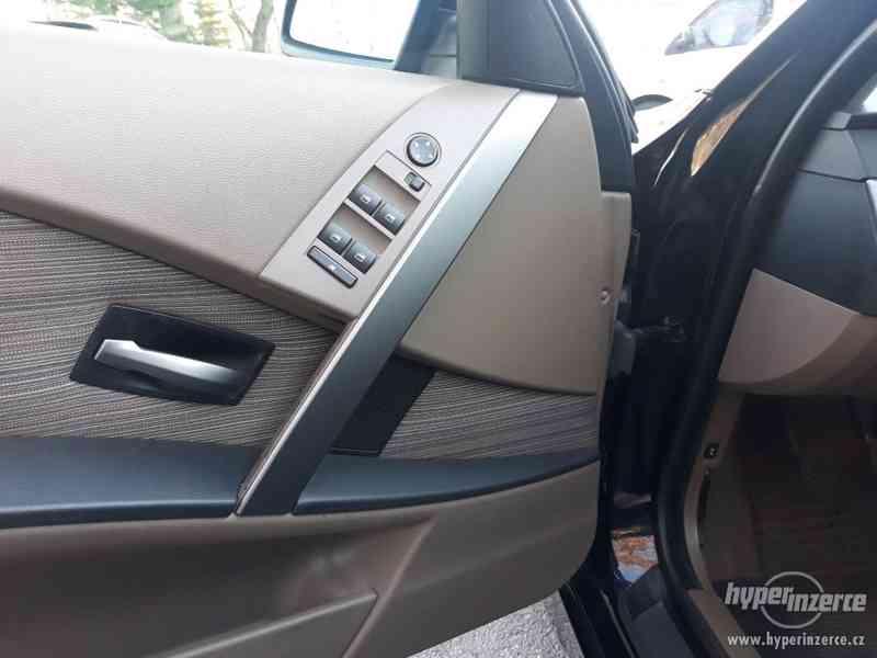 BMW 525D Touring,orig.km,serviska,1.maj,224t km,novéTZ na 2t - foto 14