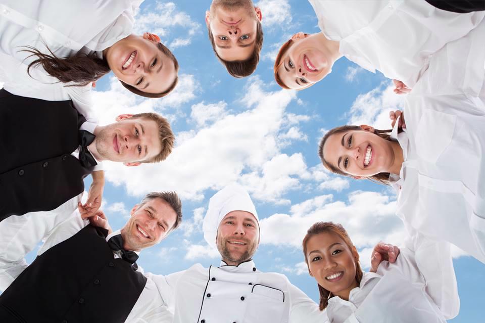 Kuchař-servírka- m/ž, celé Německo, aktuální po celý rok - foto 1