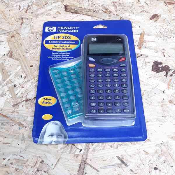 HP 30S Scientific Calculator  - nový, neotevřený..