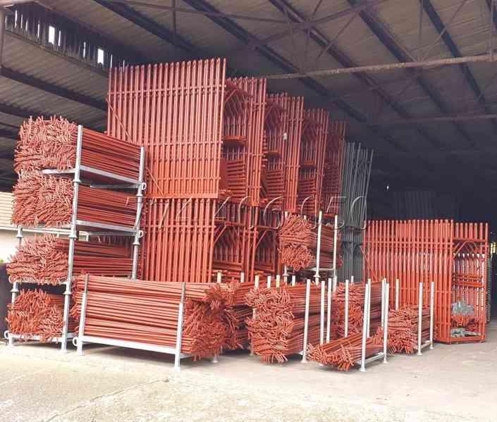 Prodám fasádní lešení 243 m2 - 388,8 m2 - 510,3 m2 - foto 7