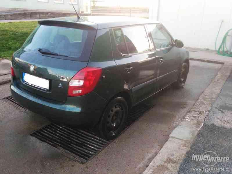 Škoda Fabia II 1,2 HTP,51KW Rok 2007 nová STK - foto 6